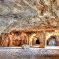 معرفی جاهای دیدنی غار سنگ تراشان فارس