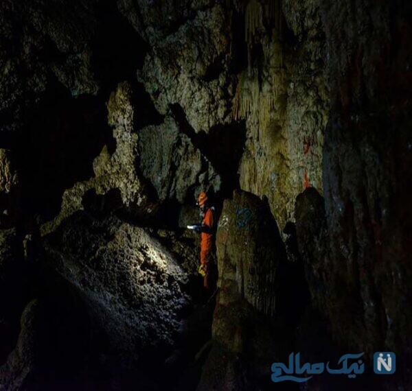 غار سنایک کهک در روستای کهک (دلیجان)