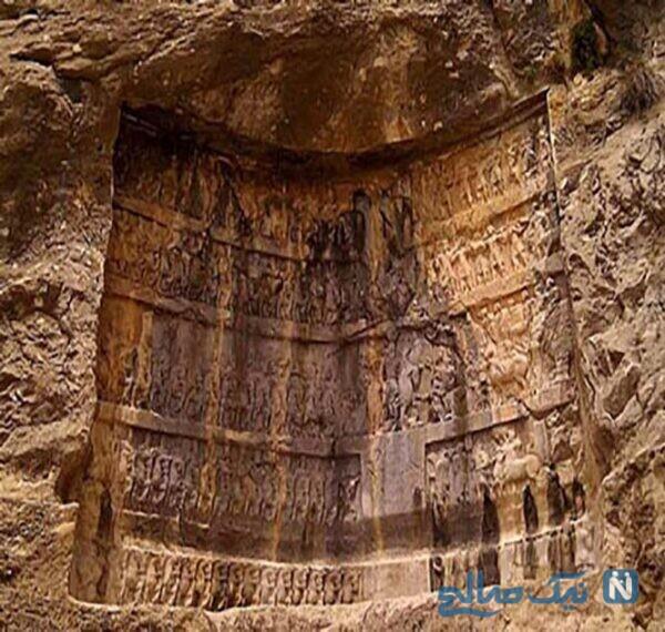 غار شاپور از جاذبه های گردشگری استان فارس به شمار می آید،