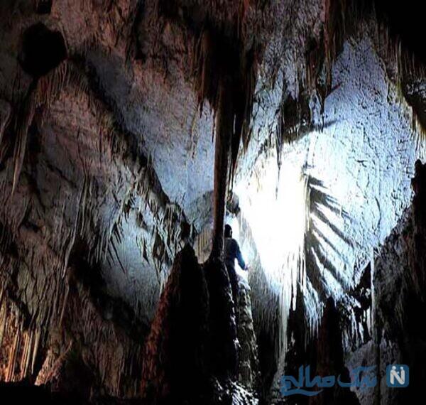 از دیدن مناطق دیدنی غار امجک اراک لذت ببرید