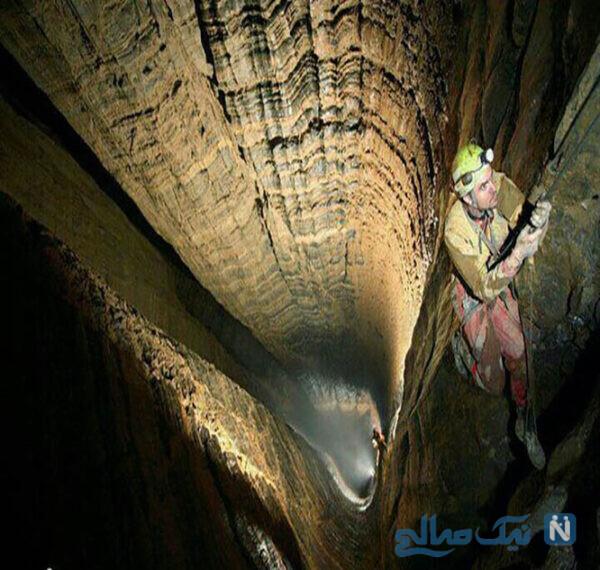 نخستین کاشفان غار پرآو