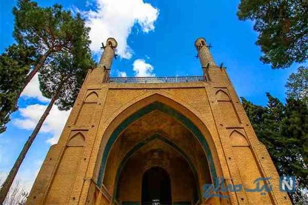 منارجنبان اصفهان و علت تکان های آن
