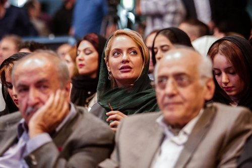 آیا خبر ازدواج مهناز افشار با پسر مشاور احمدی نژاد تایید شده؟؟+عکس