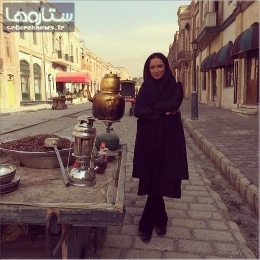 بازیگر زن سینما در کنار بساط باقالی فروش+ عکس