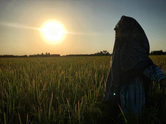 سوگل طهماسبی در آفتاب زیبای آخرین روزهای تابستان!+عکس