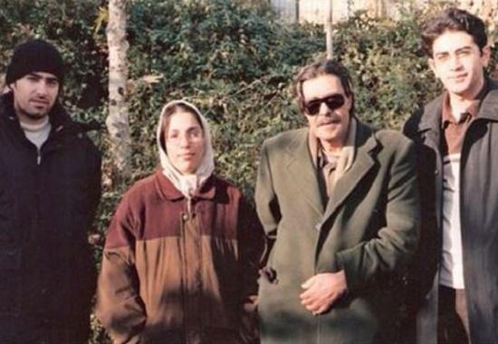 خسرو شکیبایی در کنار فرزاد حسنی و شهاب حسینی