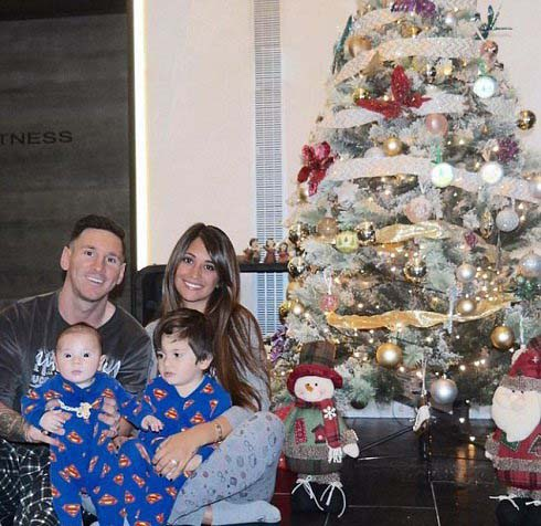 درخت کریسمس احمد عابدزاده و لیونل مسی+تصاویر