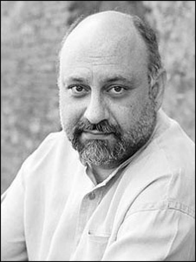 بلیت فروشی بازیگر مرد فیلم «مرگ ماهی»!+تصاویر