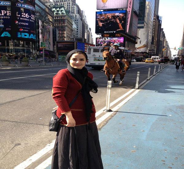 تصاویر : پوشش بازیگر زن ایرانی در خارج
