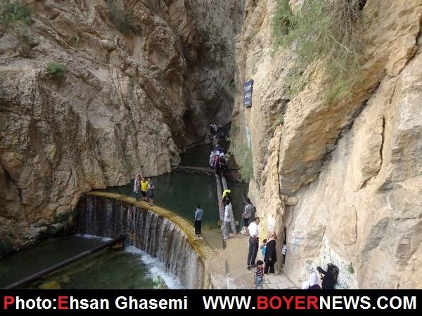 آبشار زیبای یاسوج در یک روز تعطیل + تصاویر