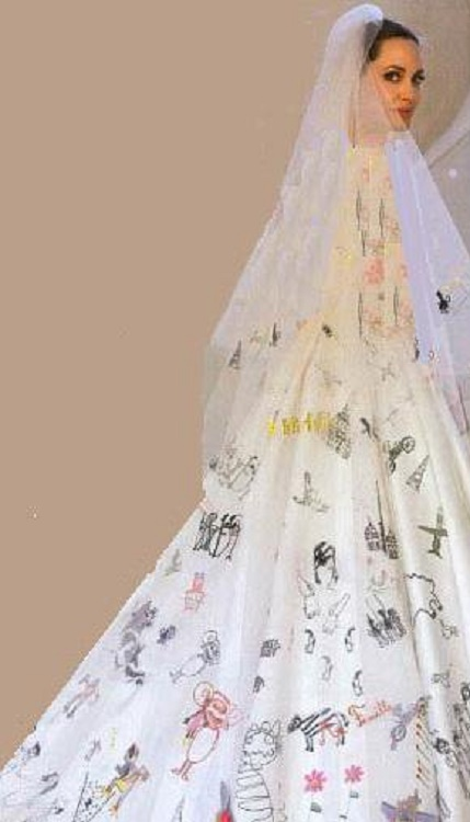 لباس عروس عجیب آنجلینا جولی + عکس