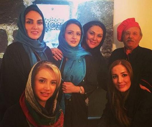 زنان بازیگر در رستوران سام درخشانی