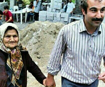 محسن تنابنده، خاله اش را هم بازیگر کرد!+عکس