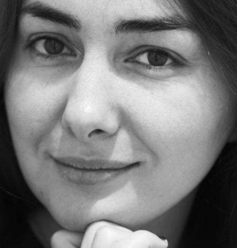 تصویر بدون آرایش هانیه توسلی در روز تولد ۳۷ سالگی اش!+عکس