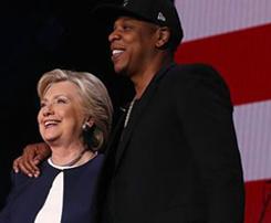 هیلاری کلینتون نامزد ریاست جمهوری آمریکا در کنسرت خواننده مشهور!+عکس