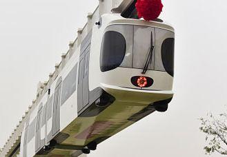 مترو هوایی برای کاهش ترافیک در کشور چین افتتاح شد!+تصاویر
