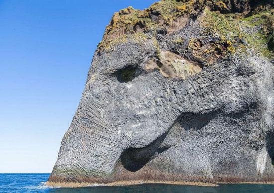 صخره فیل نمای طبیعی در جمهوری ایسلند را ببینید!+تصاویر