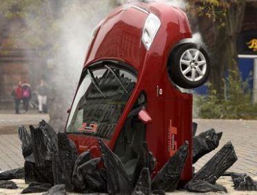 تصادف های ساختگی برای آموزش رفتارهای صحیح رانندگی!+تصاویر