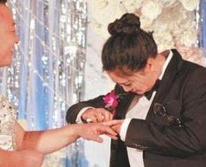 عروس و داماد متفاوت چینی و شوکه شدن مهمان ها با دیدن آنها!+عکس