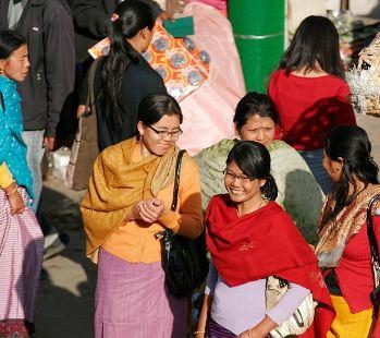 بزرگترین بازار دنیا که توسط چهار هزار زن هندی اداره می شود!+تصاویر