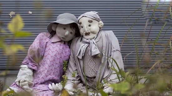 کشور ژاپن و روستایی که در آن جمعیت عروسک ها بیشتر از انسانهاست!+تصاویر