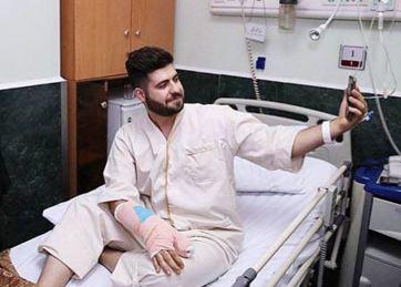 دکتر حسن روحانی و سلفی دیدنی و جالب یک بیمار با وی!+تصاویر