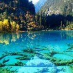 دریاچه ای بلوری در پارک ملی جیوژایگو در جنوب غربی کشور چین!+عکس