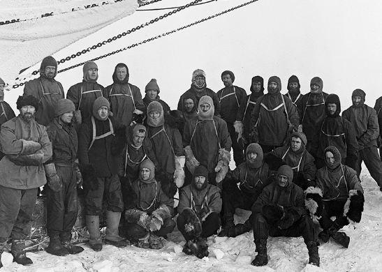 نجات شگفت انگیز ۲۷ خدمه در قطب جنوب!+تصاویر