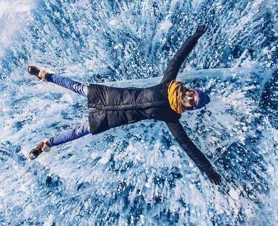 بلورهای یخی جالب دریاچه بایکال سیبری!+تصاویر