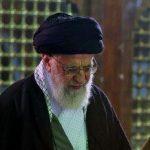 حضرت آیت الله خامنه ای رهبر انقلاب در حرم مطهر امام خمینی(ره)+تصاویر