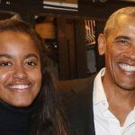 باراک اوباما رییس جمهور سابق آمریکا و گشت و گذار با دخترش!+تصاویر