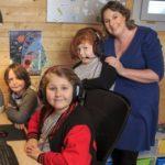 بازی های کامپیوتری روشی متفاوت برای تحصیل در یک خانواده انگلیسی!+تصاویر