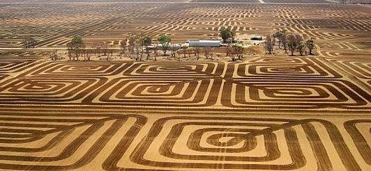 مبارزه با فرسایش خاک با روش جالب کشاورز استرالیایی!+تصاویر