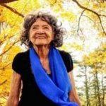 کهن سال ترین معلم یوگا در جهان را ببینید!+تصاویر