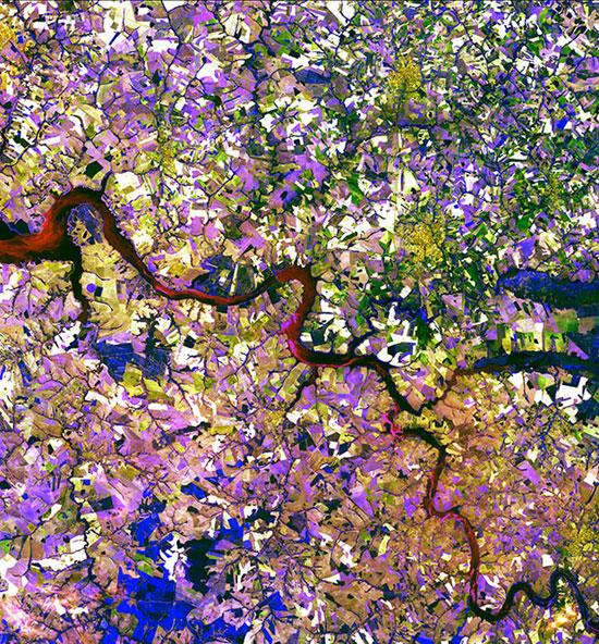 تصاویر ماهواره ای