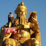 مجسمه های غول پیکر و دیدنی در کشور چین!+تصاویر