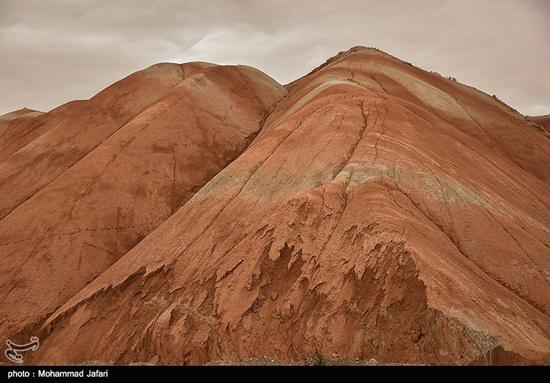 کوه های ماهنشان