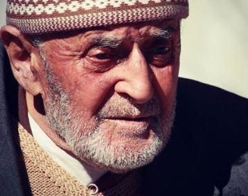 اعتیاد عجیب پیرمرد اهل ترکیه که باورتان نمی شود!+تصاویر