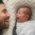 تصاویری دیدنی از عشق پدران به کودکان خود!