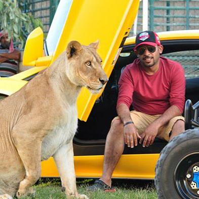 باغ وحش خانگی حمید البقیش جوان اماراتی!