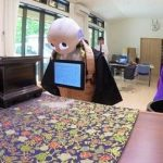 ربات هایی که خدمات مراسم تشییع جنازه را انجام میدهند!