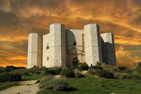 عجیب ترین قلعه در ایتالیا