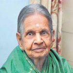 زن 92 ساله هندی که از 14 سالگی آب نخورده است!