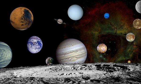 علت کروی بودن سیاره ها