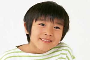 پسربچه چینی که با موهای یخ زده امتحان داد!