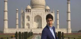 پوشش جالب جاستین ترودو نخست وزیر کانادا در هندوستان!