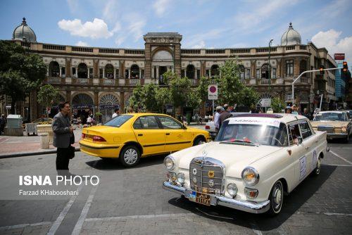 رژه خودروهای قدیمی