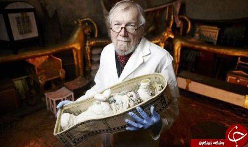 عروسک مومیایی شده