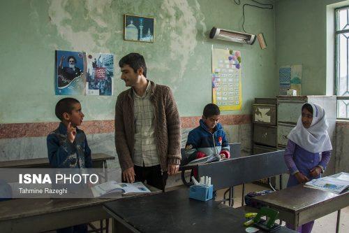 معلم روستای شیخ کانلو