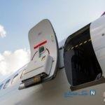 دستگیری زنی که درب خروج اضطراری هواپیما را باز کرد !+ تصاویر